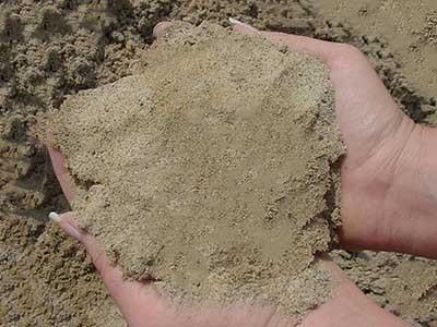 песок сеяный карьерный
